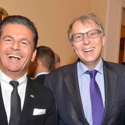 Consul Dr. Poetis, CEO POWERGROUP, with Ulrich Konstantin Rieger, Senior Ministerial Counsellor, Bavarian Ministry of Economic Affairs and Media, Energy and Technology