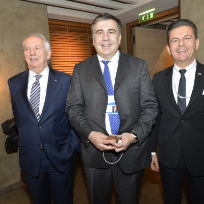 Micheil Saakaschwili, Governor of Ukraine's Odessa Oblast (middle) and Dr. Ingo Friedrich (left) former Vice-president of the European Parliament with Consul Dr. Poeti