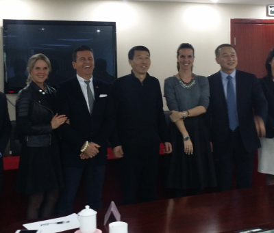 Consul Dr. Poetis meeting with Zhongnong Pi's Chairman of Board Mister Wang in Beijing.