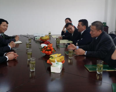 Consul Dr. Poetis meeting with Mr. Zhan Zhongnong Pi´s representatives in Xuancheng and discussing possibilities of developments of markets in Chinese provinces.