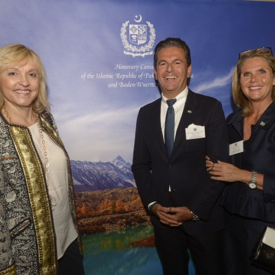 Consul Dr. Poetis and Mrs. Poetis with Dr. Beate Merk, Minister for European Affairs and Regional Relations – July 2015